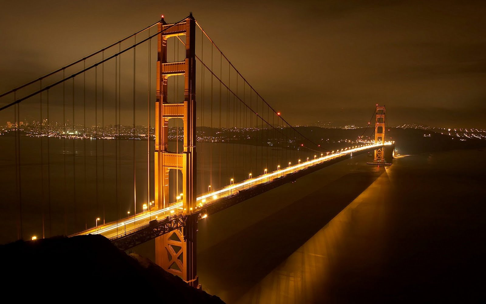 http://4.bp.blogspot.com/-UE3NBnmUqYI/ThNvCTdGZcI/AAAAAAAAABE/sTeiwT09FqU/s1600/golden_gate_bridge_at_night_hd_widescreen_wallpapers_1920x1200.jpeg