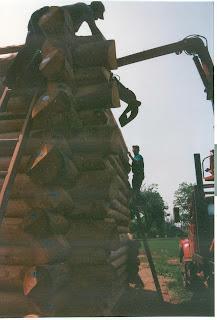 Whiteside park, log bandshell, ely MN huisman