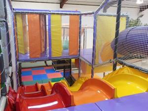 Sweety's Park - intérieur structure tubulaire