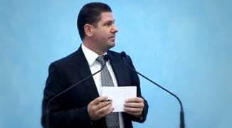 Discurs susținut la Universitatea din București de către pastorul Marius Livanu...