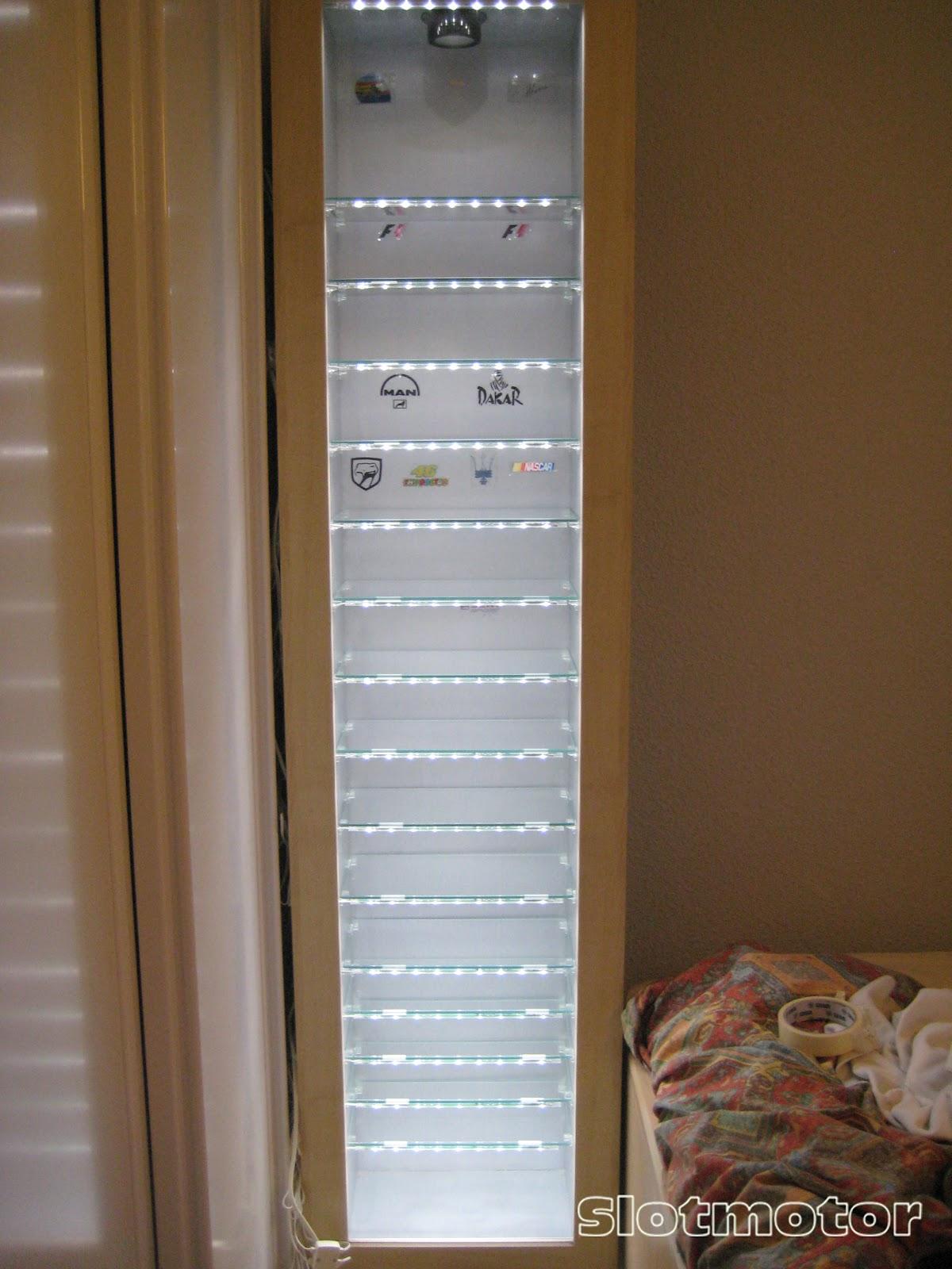 ... Vitrina a Vitrinu00f3n - Iluminando mi vitrina Ikea Bertby - Pasiu00f3n Slot