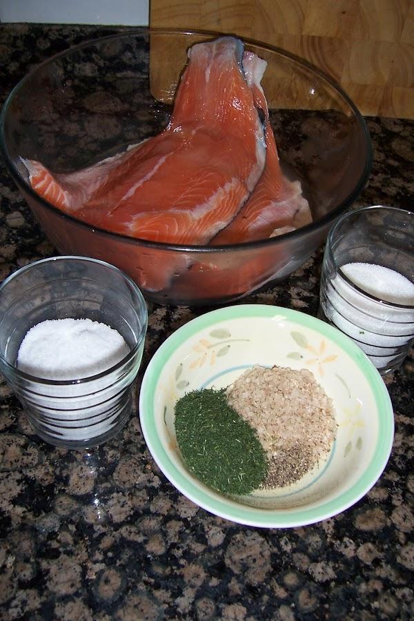 Cómo hacer salmón marinado o ahumado