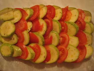 Cukinia z patelni duszona z pomidorami