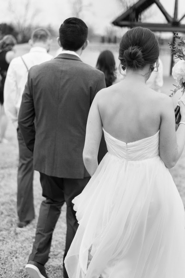 Real Bride Katie looking amazing in our Sarah Seven Practically Perfect gown - www.sarahsevenblog.com