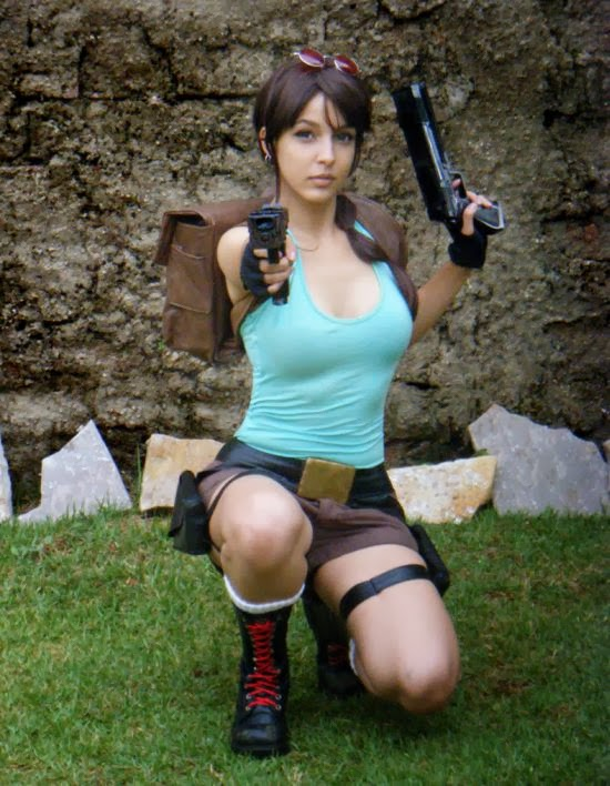 Gabriela Almeida Shermie deviantart cosplay beautiful girl games comics sensual Lara Croft from Tomb Raider