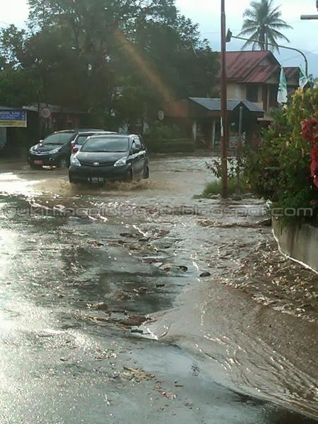 foto banjir dipdg pjg 2014