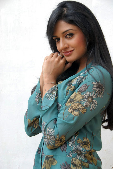 vimala raman new , vimala raman photo gallery