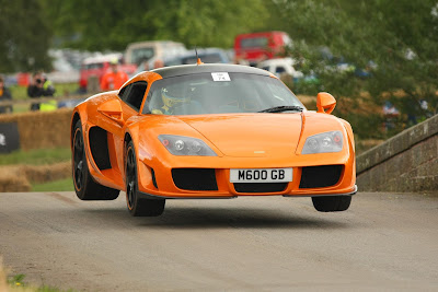 Noble M600 jumping Cholmondely's Bridge