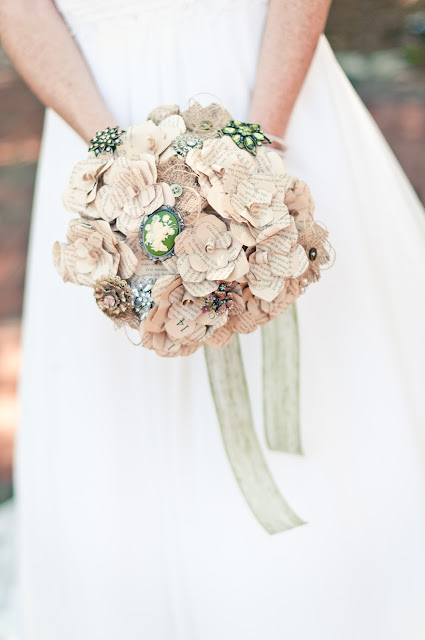 Amanda Lovelace Photography, Brooch Bouquet, Paper Bouquet, DIY