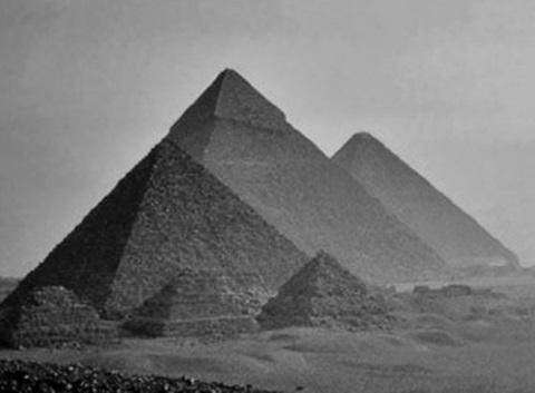 piramides-piedras-cascotes