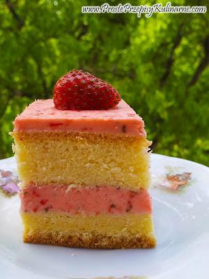 Ciasto z kremem truskawkowym