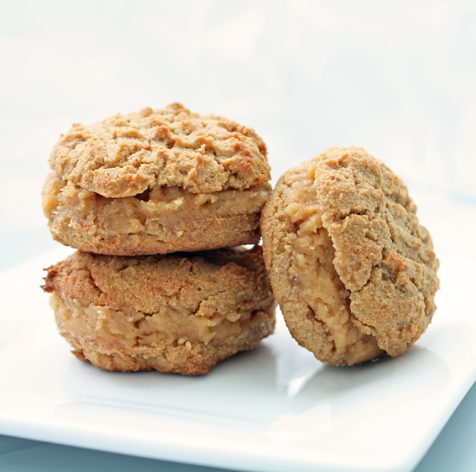 Low Carb Peanut Butter Sandwich Cookies | I Breathe I'm Hungry