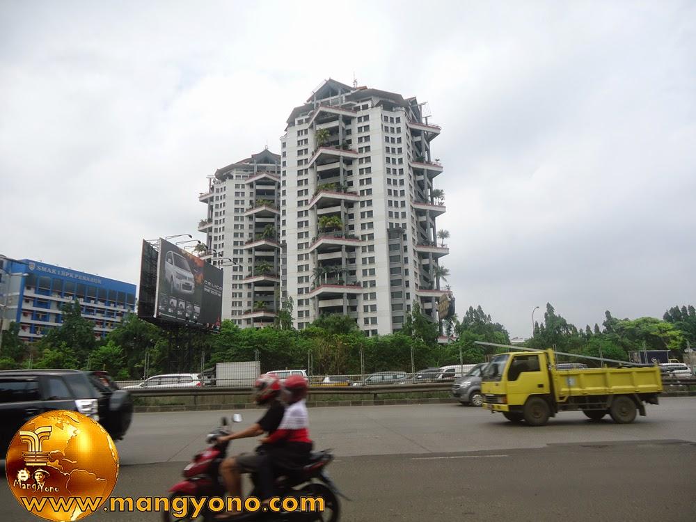 Grand Tropic Suites Hotel Jl. S. Parman, Jakarta Barat