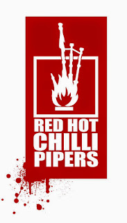 20130711 Red Hot Chilli Pipers  square Logo webgr 759168 - Pressemitteil. RED HOT CHILLI PIPERS am 11.07.2013