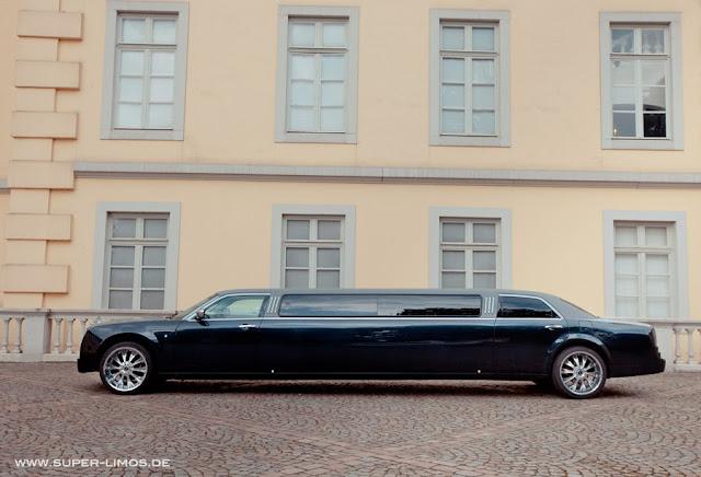 Limousinenservice deutschlandweit. Limousine mieten in Hamburg, Hannover, Bielefeld.