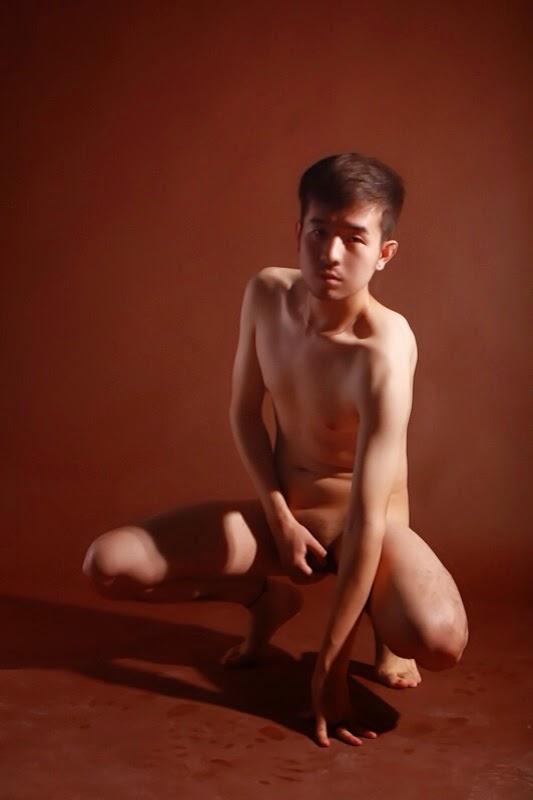 http://gayasianmachine.com/naked-asian-boys-big-cock-asian-boy/