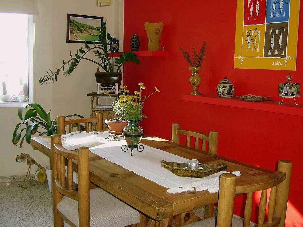 Consejos decoraci n hogar pintar el sal n con colores - Como pintar una casa rustica ...