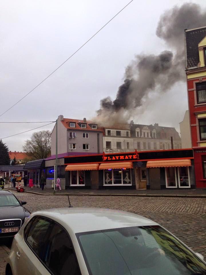 Dachstuhl in der Lessingstr. ausgebrannt   BREMERHAVEN NEWS