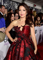 Ming-Na Wen 2016 People's Choice Awards red carpet dresses