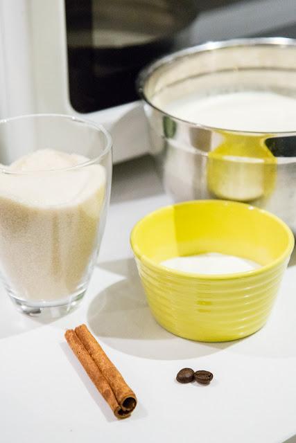 vanilja-kanelijäätelö