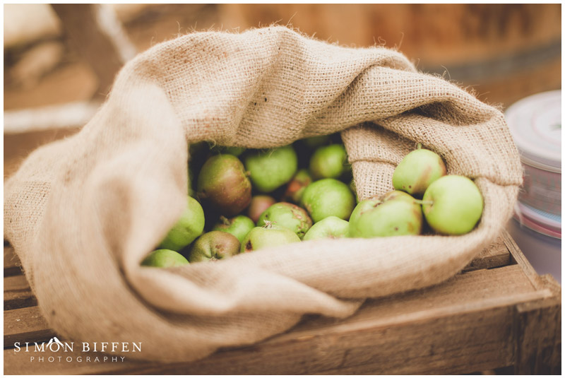 Roughmoor Farm wedding apples