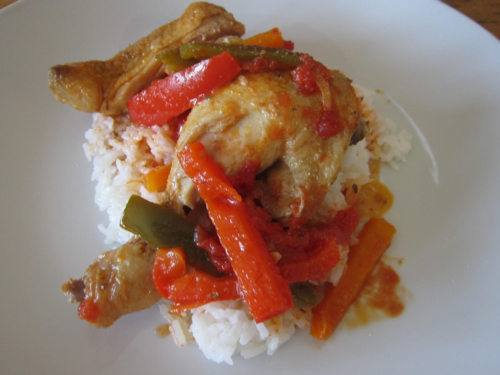 Lunch is served: Poulet / Chicken Basquaise and White Rice
