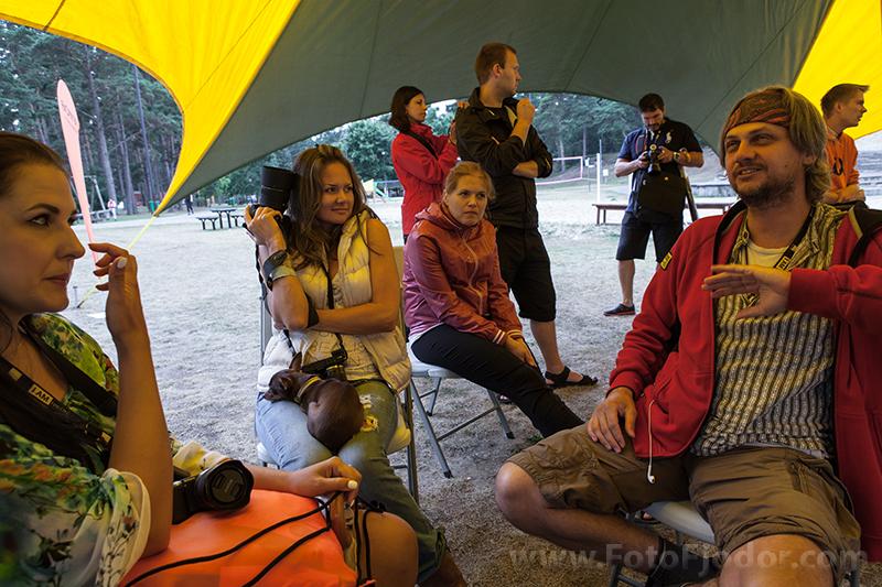 Martins Vrabko (Martin Vrabko) neformālas sarunas laikā, Art Camp 2013 ietvaros