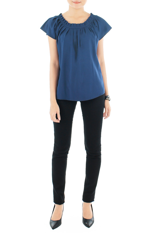 Endless Weekend Pleat Top – Midnight Blue