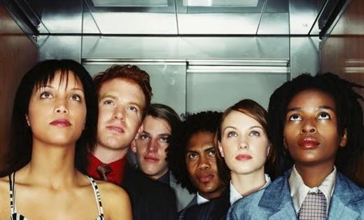 incomodidad ascensor espacio social
