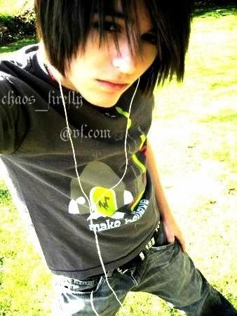 Your Fashion6: Emo Boy HairStyle 2011