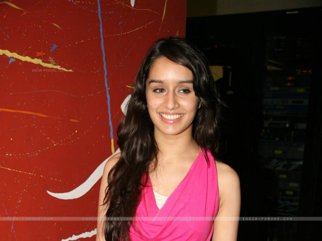 all free wallpaper download: shraddha kapoor wallpapers