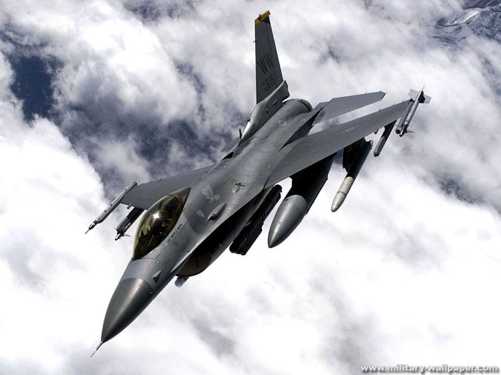 FULL WALLPAPER: F-16 Fighter Jet Wallpaper