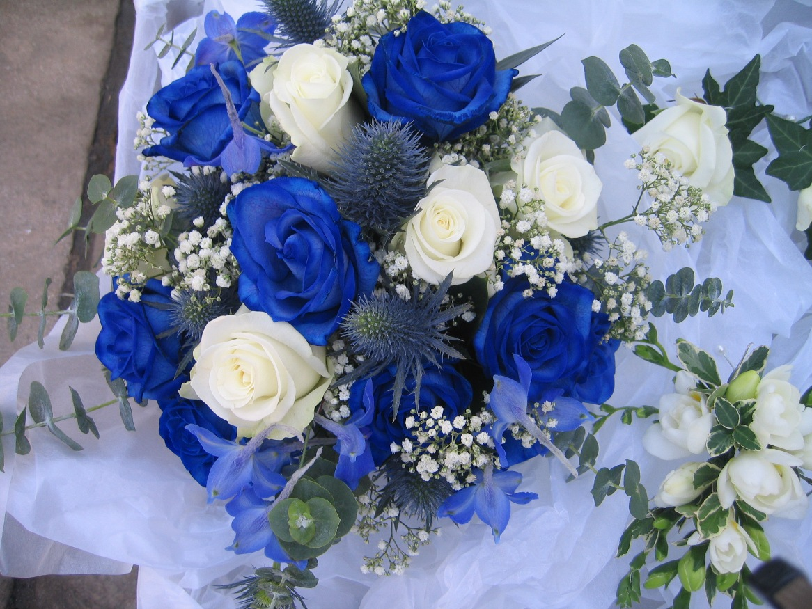 wallpaper flowers bouquet blue - photo #2