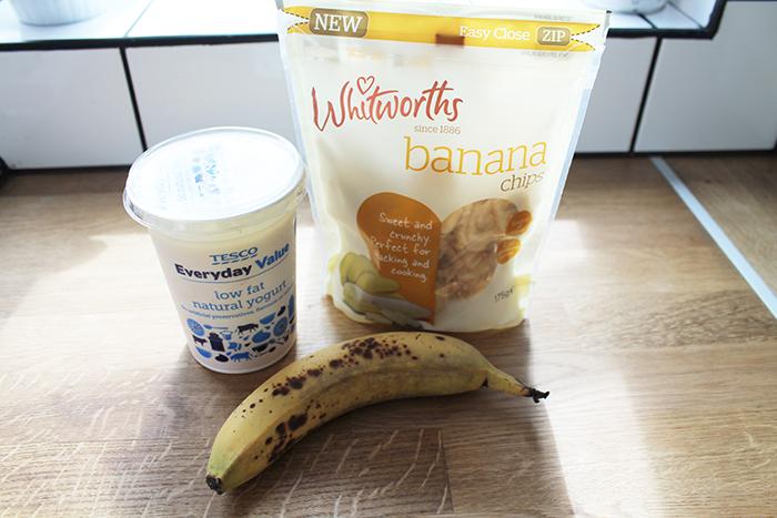 3 ingredient frozen banana yoghurt bites (gluten-free)