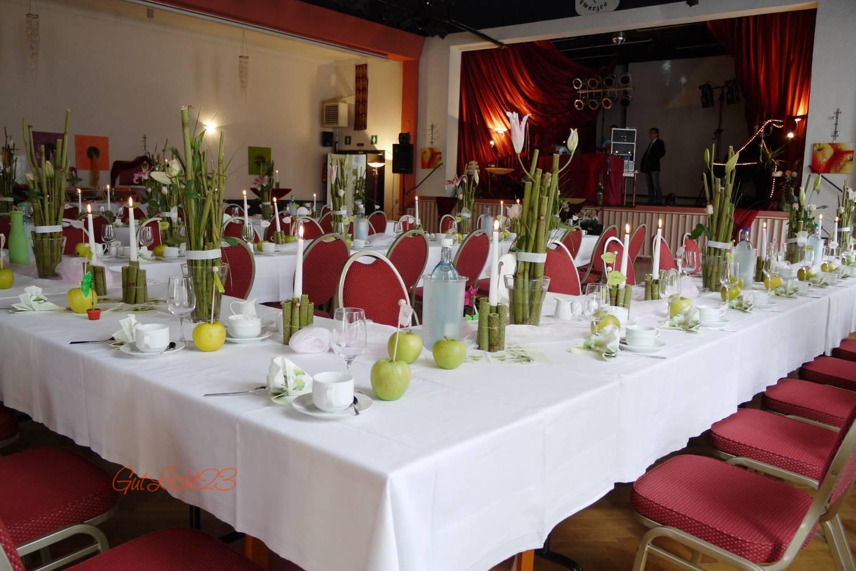 Hochzeitsblog der liebesapfel auf der festtafel for Apfel dekoration