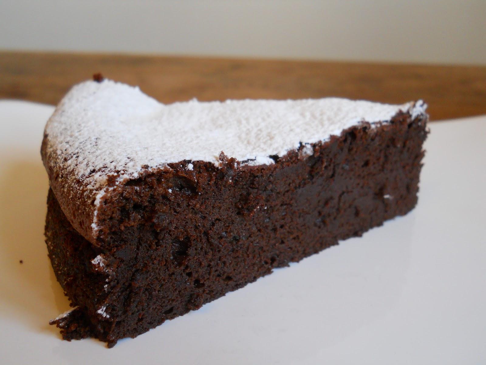 Chocolate Mousse Cake + Caramel Ice Cream - Vintage Kitchen