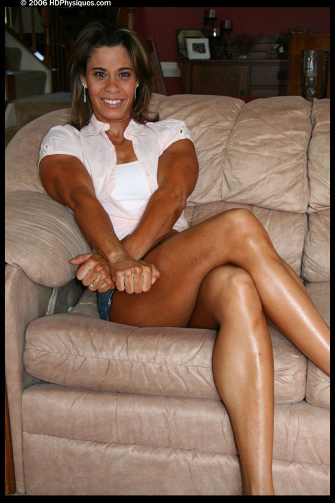 Laura Sutter Female Muscle Bodybuilder Blog HDPhysiques