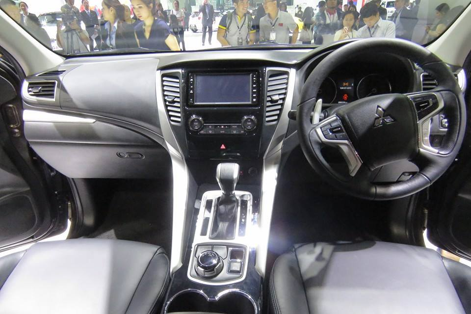 all new 2016 mitsubishi pajero sport officially revealed wvideo - Mitsubishi Montero 2016 Interior