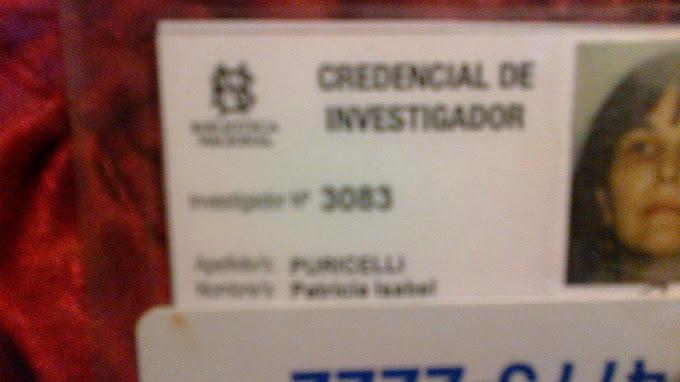 CREDENCIAL DE INVESTIGADORA DE LA BIBLIOTECA NACIONAL  ARGENTINA