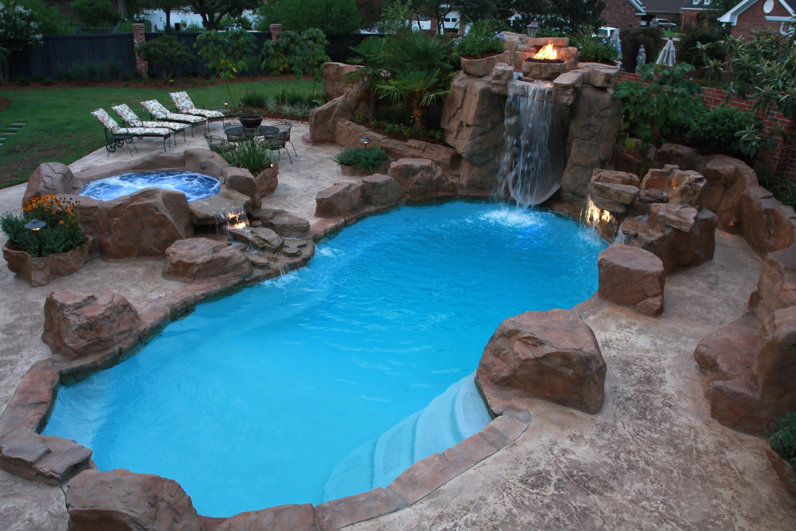 Swimming pool monroe ruston bossier shreveport el for Backyard inground pool ideas