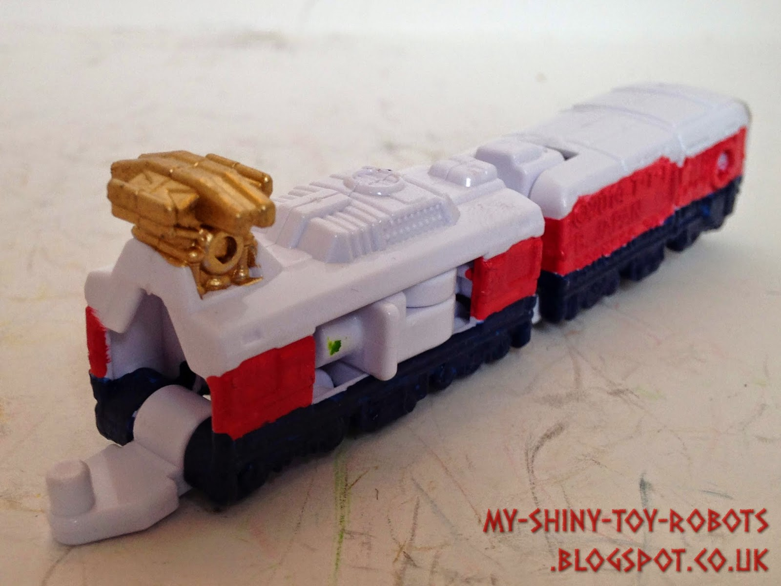 Wildcat Ressha back view