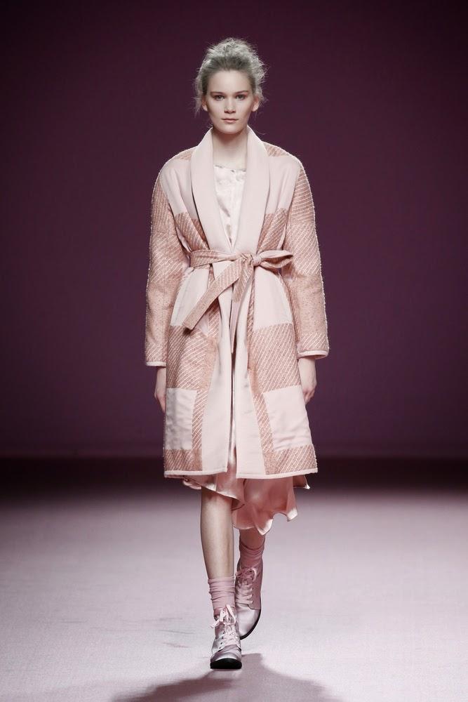 abrigo rosa pao juan vidal