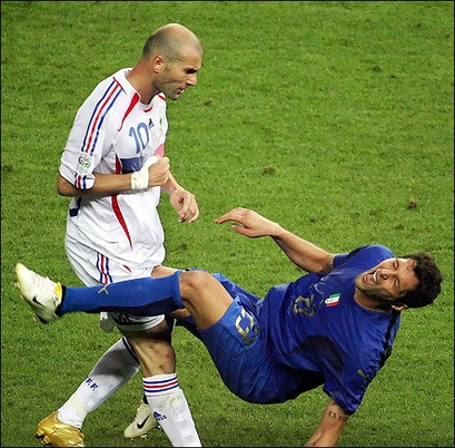 On April 25  2006  Zidane Officially Announced His Decision To Quit