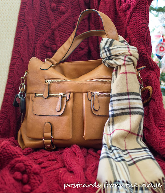 Designer Camera Bags that are beautiful and affordable. It's so stylish!