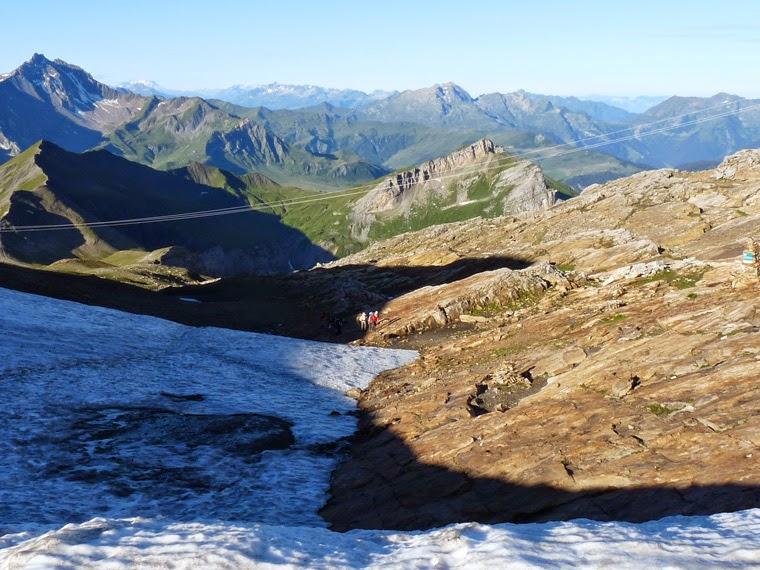 ツールドモンブラン ラ・クロワ・デュ・ボンノム峠からフール峠 日本人ツアー