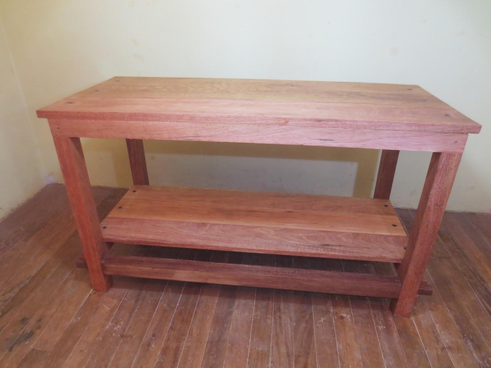 Decoraciones manualidades en madera como hacer una mesa for Mesa de carpintero