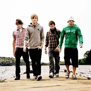 McFly – Love Is Easy Lyrics | Letras | Lirik | Tekst | Text | Testo | Paroles - Source: emp3musicdownload.blogspot.com