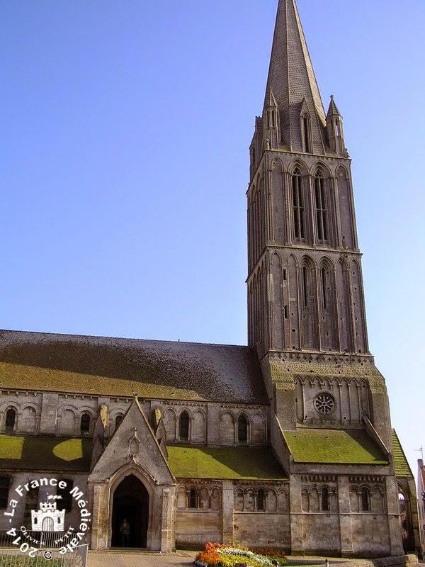 BERNIERES-SUR-MER (14) - Eglise Notre-Dame de la Nativité