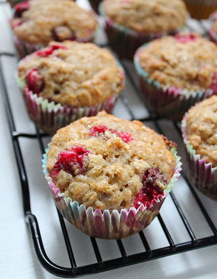 Cranberry and oatmeal breakfast muffins