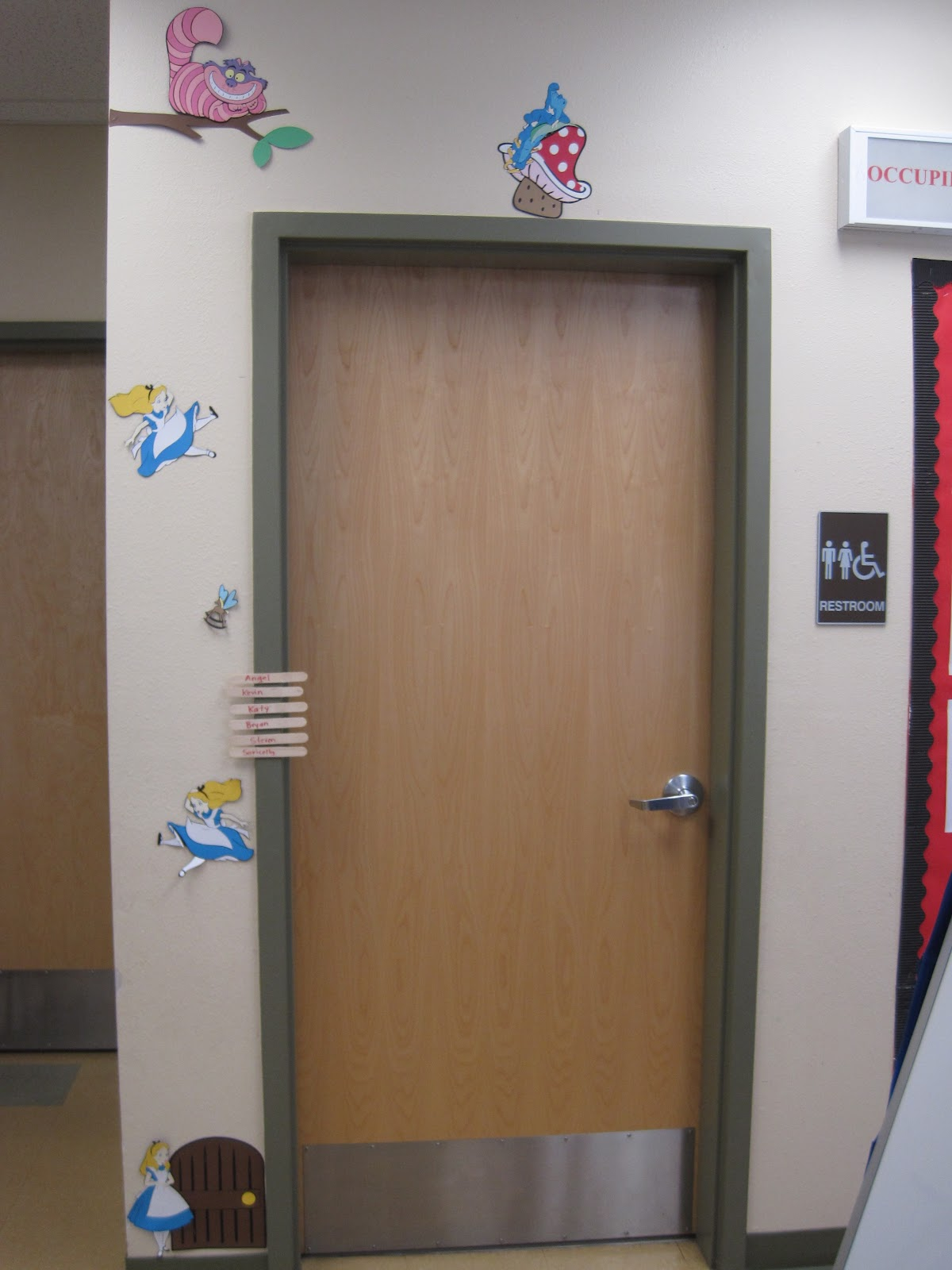 Owl themed classroom decor learning in wonderland for Bathroom door decor